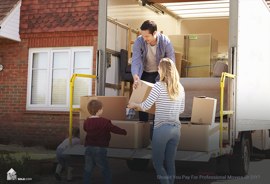 When Should You Pay for Professional Movers or DIY?