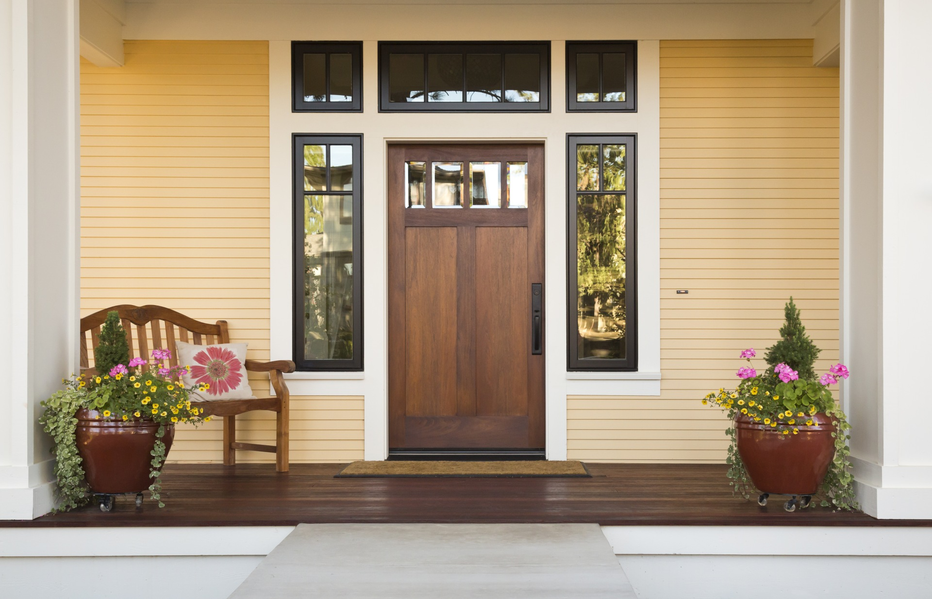 Curb Appeal 101: Enhance Your Front Door and Stoop